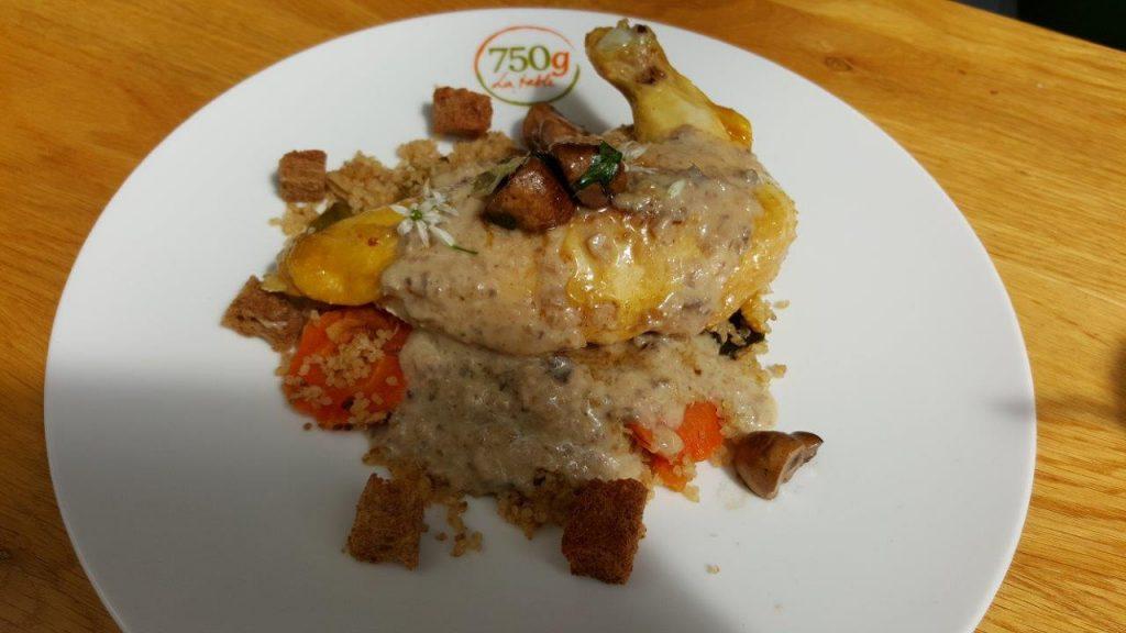 Volaille, quinoa aux légumes, sauce champignon