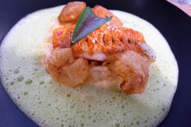 Filets de Rougets Juste Saisis, Sauce au Lait de Coco, Gingembre, Persil Plat & Risotto à l'Ananas Pimenté