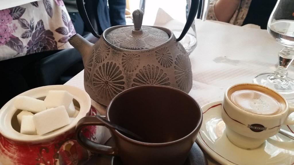 Café et thé maison