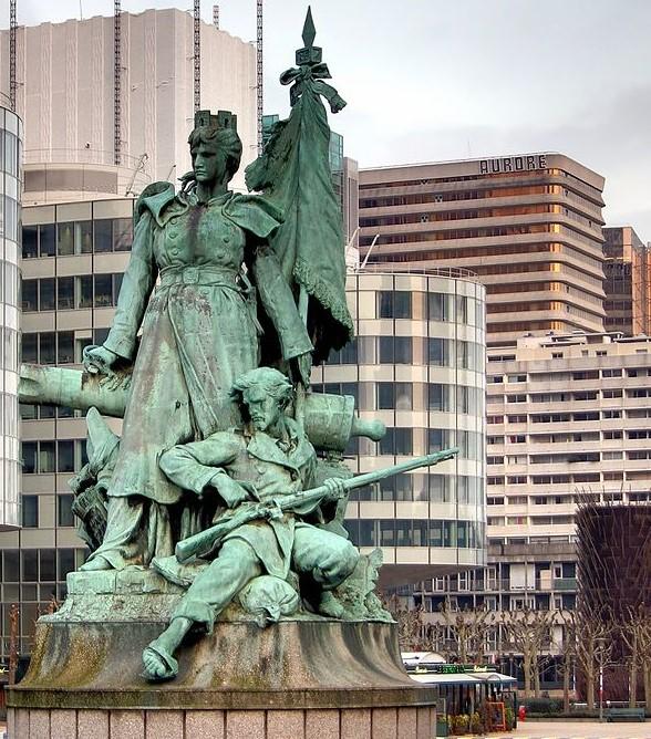 La défense statue - Source : Wikipedia