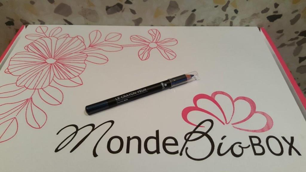 crayon yeux Bio noir Avril