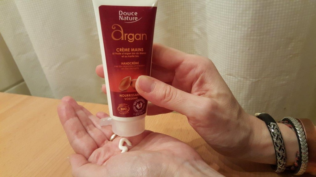 Test de la crème mains à l'huile d'argan