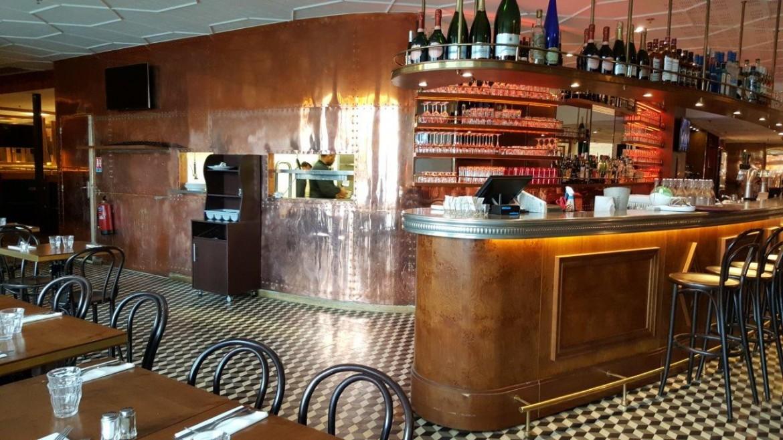 Le Parisian Pub entre le pub anglais et la brasserie traditionnelle ...