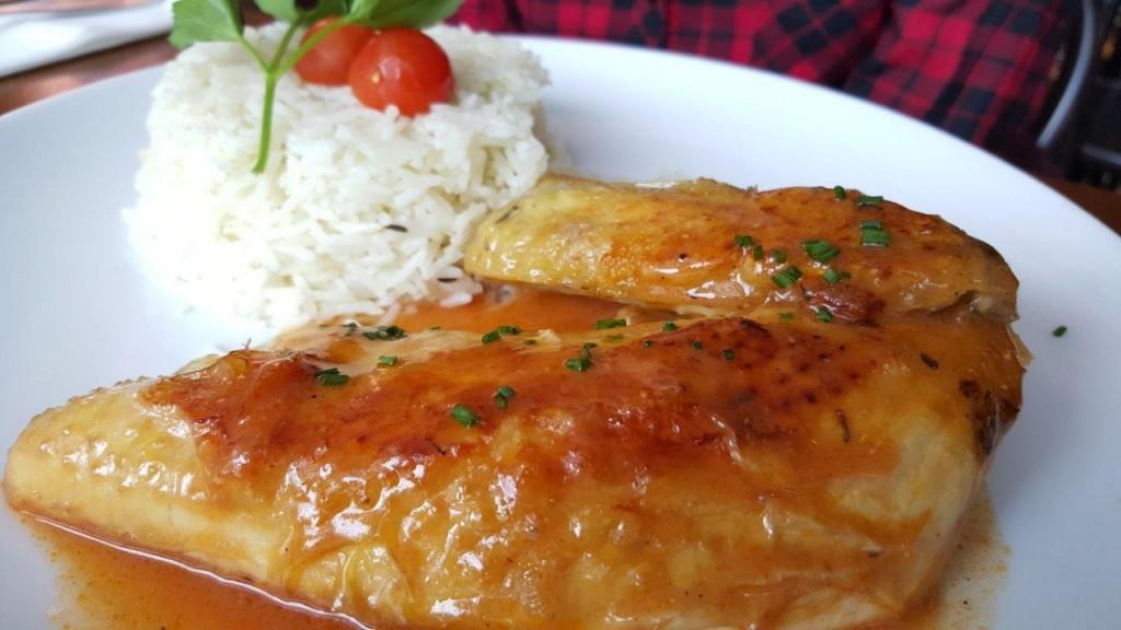 Cuisse de poulet et riz (menu enfant)
