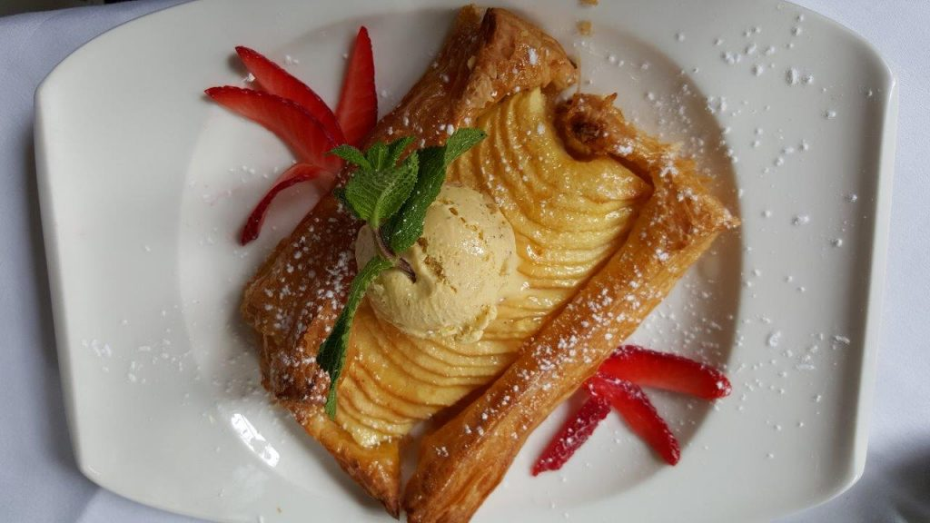 La tarte fine aux pommes caramélisées