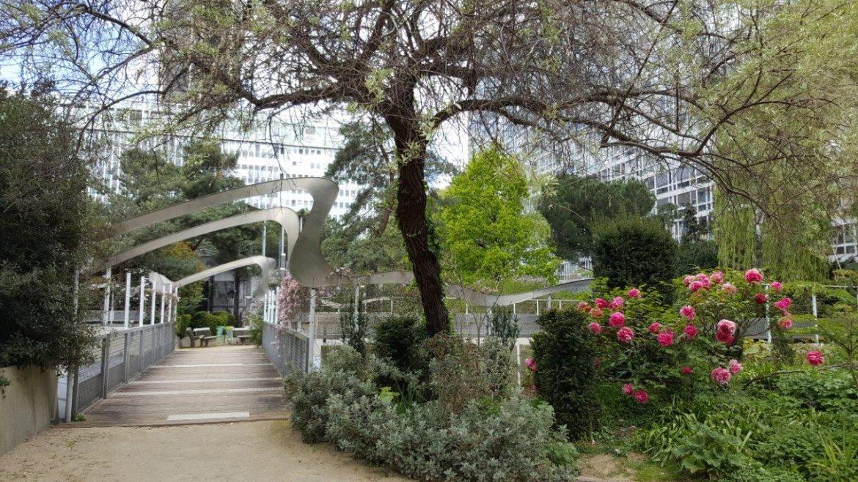 promenade insolite en haut de la gare montparnasse dans le jardin de l atlantique - Jardin Atlantique