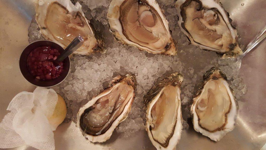 """Les 6 huîtres Grand cru fine de Claire David Hervé """"grosses"""" n°2 Marennes Oléron"""