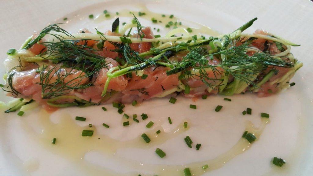 tartare de bar français et de saumon d'Ecosse label rouge
