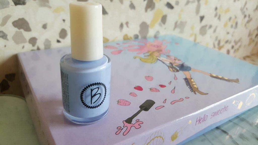 "vernis bleu ""Sky is the Limit"" by Beautiful"