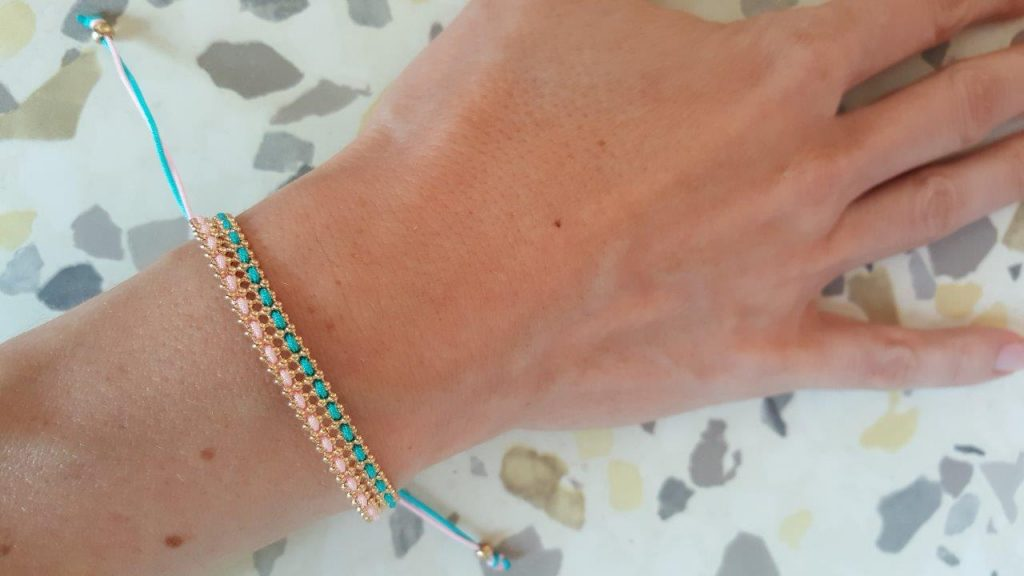 "Essai du bracelet ""The Pink and the Blue"""
