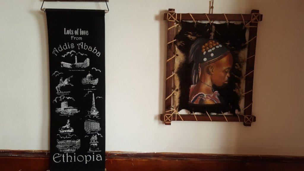 Intérieur du restaurant Lac Tana