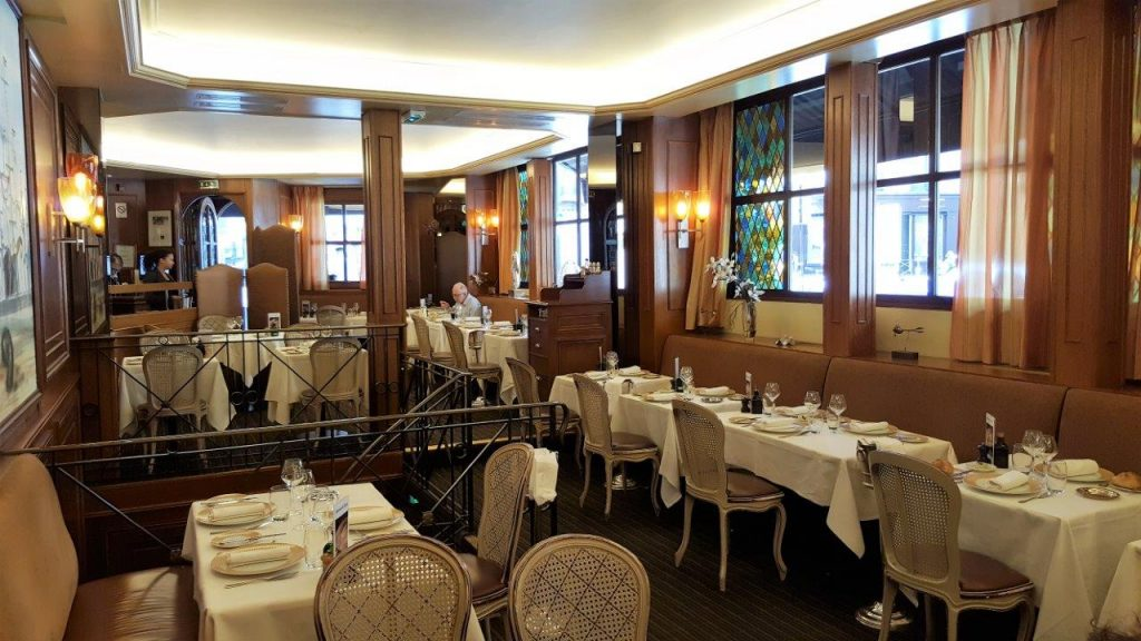 A l'intérieur du restaurant La Marée