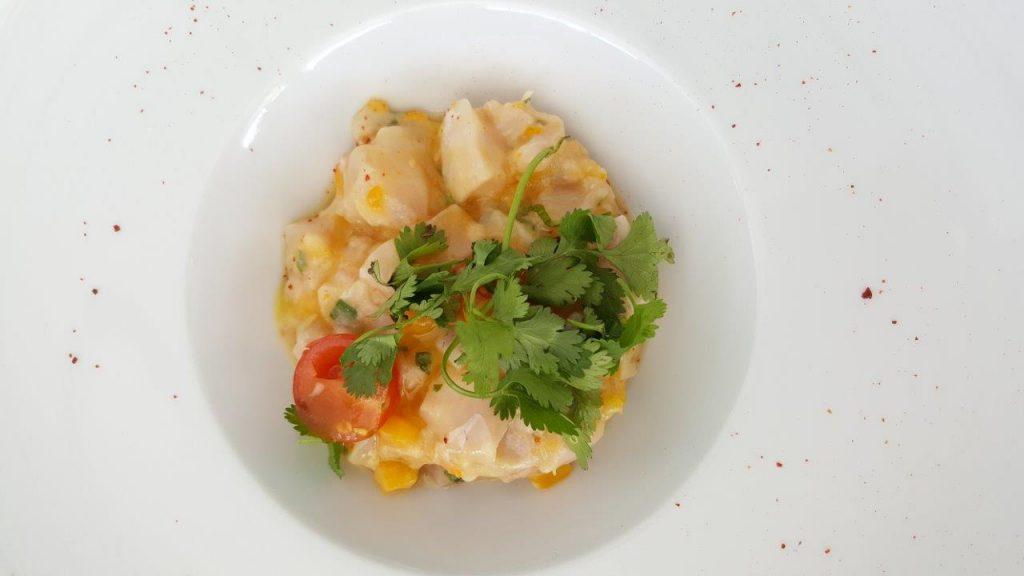 Dorade marinée, kumquat et coriandre