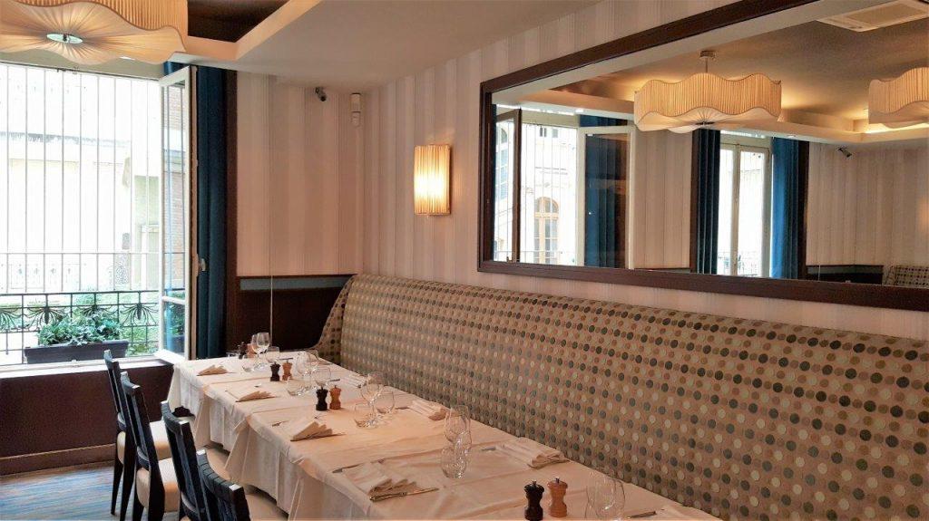 Intérieur du restaurant Vin & Marée