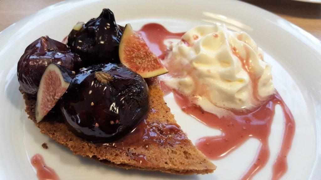 Figues Rôties à la Crème de Cassis & Biscuit Streusel