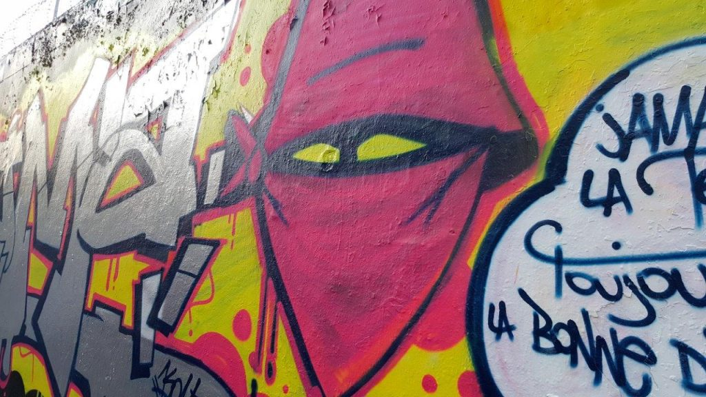 mur de street art