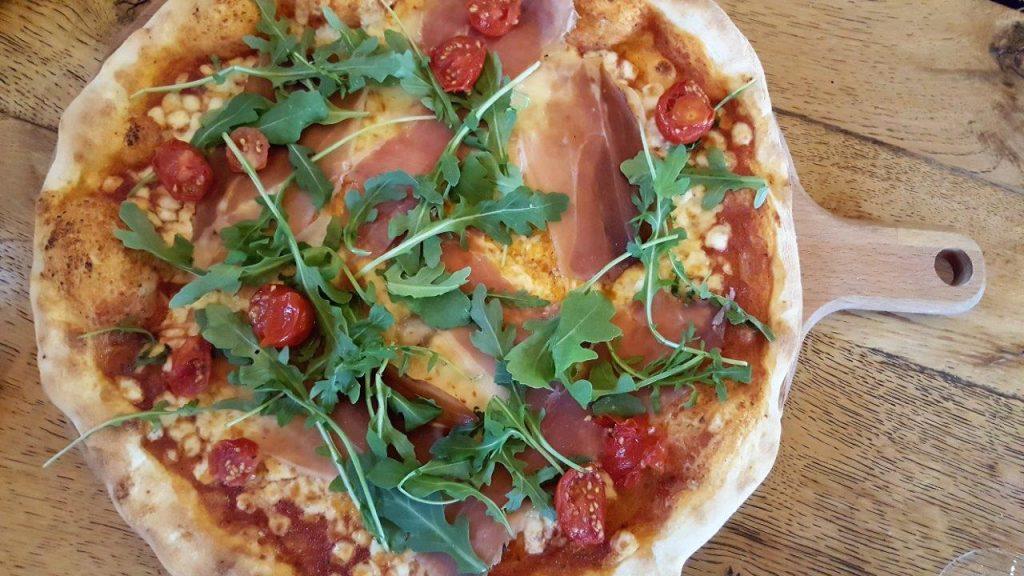Pizza Salumeria, jambon de parme 18 mois