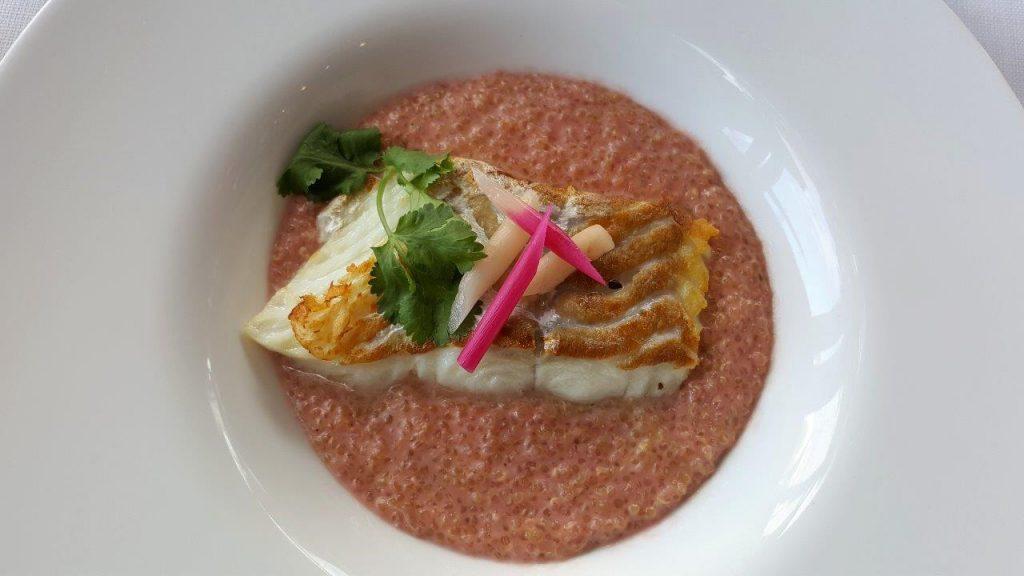 Cabillaud nacré, risotto de quinoa rose