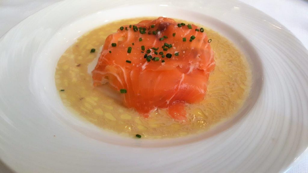 Anchoïade de saumon cru Label rouge d'Ecosse, pommes rattes